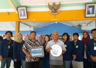 KKN  Unair  BBM 54 Surabaya  dan study administrasi desa (2016)